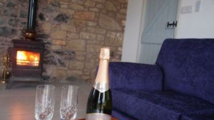 Plum Braes Barn Holiday Cottages, sleeps  10,  group holiday rental, Borders