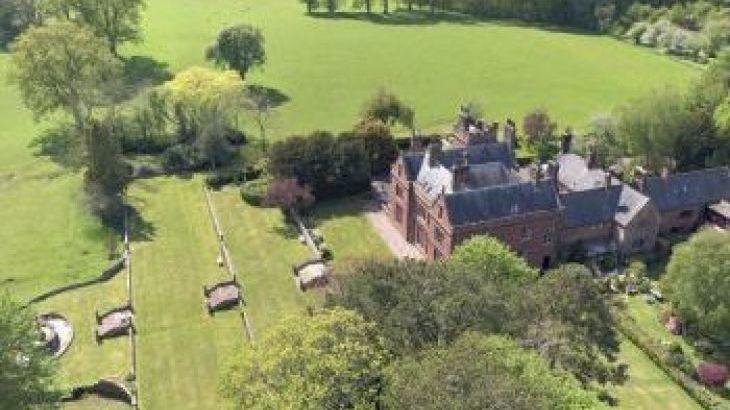 Staffield Hall, sleeps  24,  group holiday rental, Cumbria