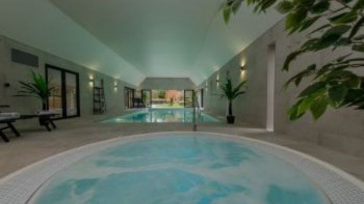 Kingshay Barton, sleeps  20,  group holiday rental, Somerset