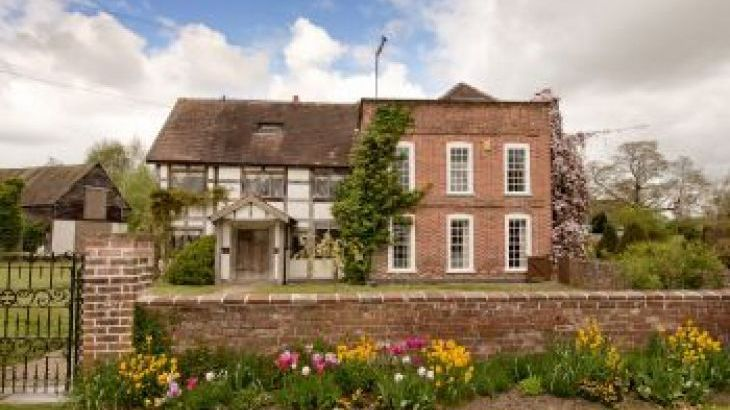 The Manor House, sleeps  28,  group holiday rental, Herefordshire