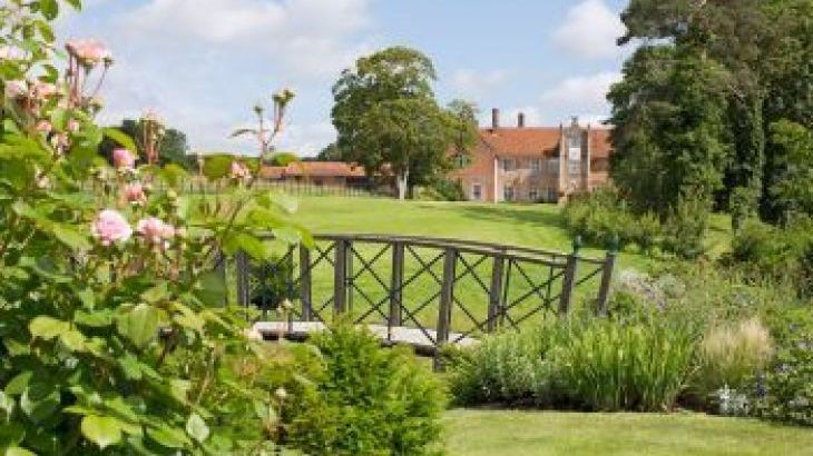 Bruisyard Hall, sleeps  24,  group holiday rental, Suffolk