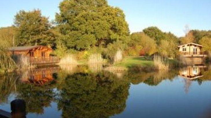 Badwell Ash Holiday Lodges, sleeps  4,  luxury log cabins, Suffolk