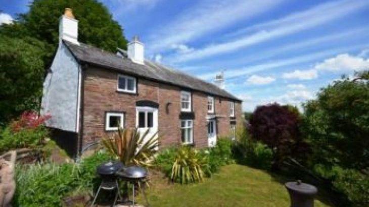 Harmony Cottage, sleeps  9,  group holiday rental, Gloucestershire