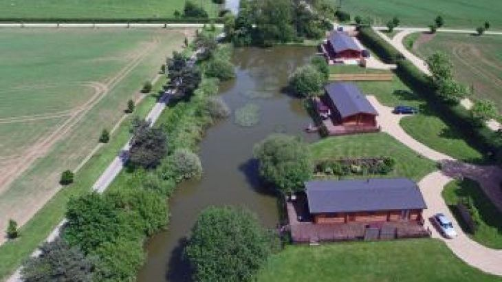 Stretton Lakes, sleeps  4,  luxury log cabins, Rutland
