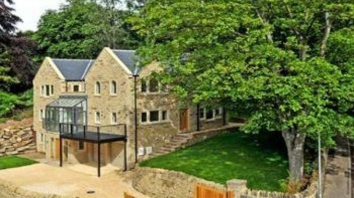 Clouds Hill Luxury Holiday House, sleeps  10,  group holiday rental, West Yorkshire