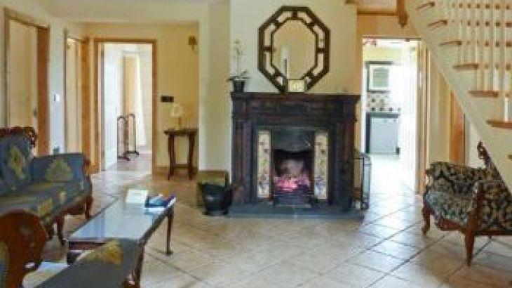 Kyle Rural Retreat, sleeps  12,  group holiday rental, Tipperary