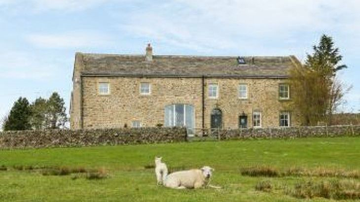 Bookilber Holiday Barn, Yorkshire Dales , sleeps  12,  group holiday rental, North Yorkshire
