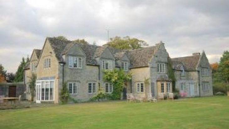 Home Farm, sleeps  16,  group holiday rental, Oxfordshire