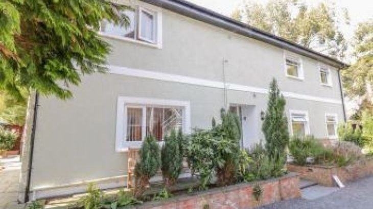 Eden House, sleeps  14,  group holiday rental, Cumbria