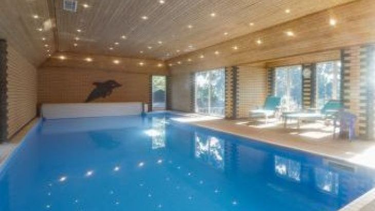 Croft Country Estate, sleeps  24,  group holiday rental, Herefordshire