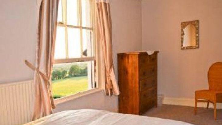 Norton Grange Manor House, sleeps  16,  group holiday rental, Worcestershire