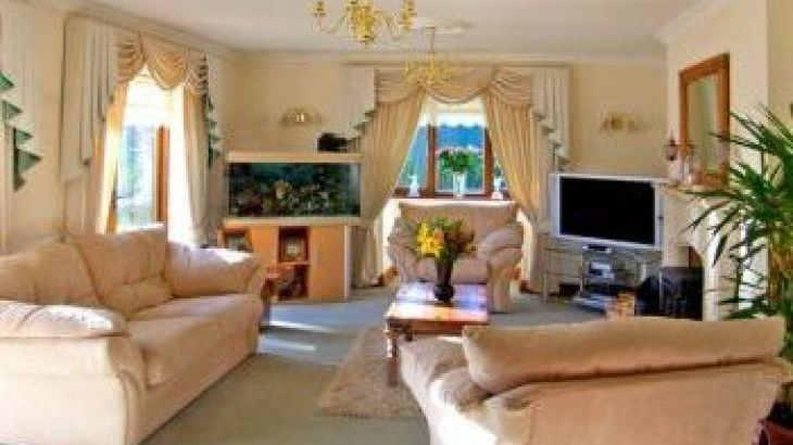 Domecilia Holiday Home, sleeps  21,  group holiday rental, Pembrokeshire
