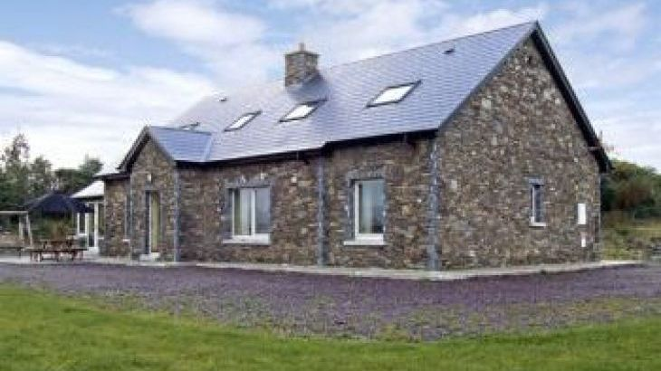 River House Coastal Cottage, Sneem, County Kerry, South West , sleeps  12,  group holiday rental, Kerry
