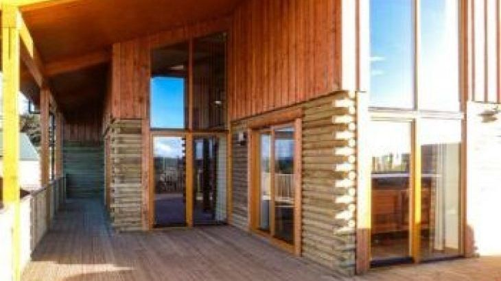 Atlas Lodge, sleeps  8,  luxury log cabins, Inverness-shire