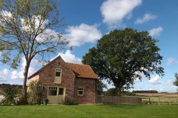 Yorkshire Wolds 2 bedroom cottages, East Yorkshire