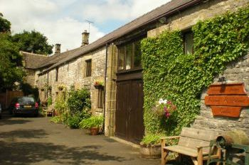 Cottage with barbeque for couples in Peak District