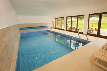 Luxurious 5 Bedroom Wooden Holiday Lodge with Indoor Heated Swimming Pool, 5 Star Rated and Gold Award Winning, Somerset, England