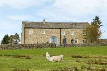 Sleeps 12 Hot Tub Cottage   in Yorkshire Dales, North England, Northern England