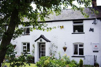 Holiday rental with Hot Tub Access   in The Ceiriog Valley, North Wales