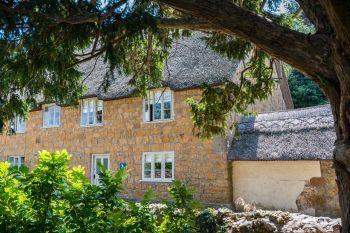 Cottage with a spacious bed for couples in The South West, West Country