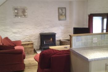 Sleeps 6 Holiday Rental with Hot Tub   in Wales - Snowdonia, Mid Wales