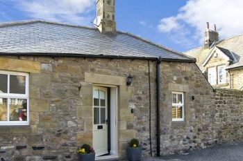 Romantic Puffin Cottage Retreat near Alnmouth, Northumberland, England