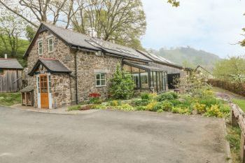Cilfach Family Cottage, Mid Wales , Powys, Wales