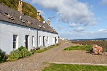 Shoreside Beach Cottage, Burnmouth, Southern Scotland , Borders, Scotland