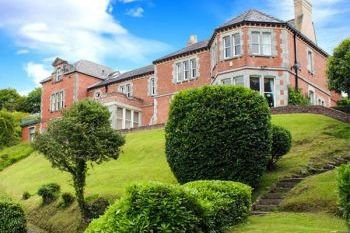 Menai Straits Country House for Big Groups, Gwynedd, Wales