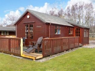 Holiday rental with Hot Tub Access   in Northern Scotland