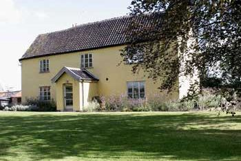 Rural cottage for couples in East Anglia, Suffolk Coast