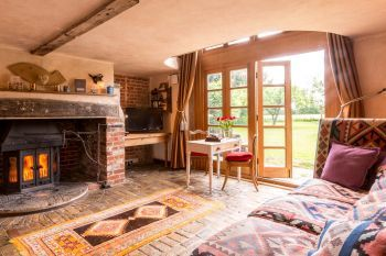 Cottage with barbeque for couples in East Anglia