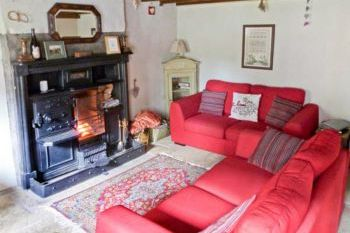 Cottage with a spacious bed for couples in North England, Yorkshire Dales National Park