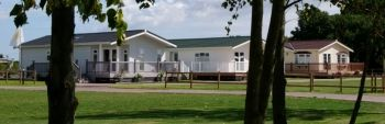 Exclusive Dream Holiday Lodge - Elm Farm Country Park, Essex, England