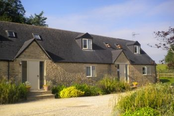 Cottage with king-size bed for 2 in Cotswolds