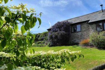 Dog friendly sleeps 2 in South Hams, South West, West Country