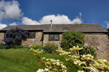 Accommodation with a large bed sleeps 2 in South Hams, South West, West Country