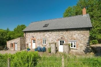 Cottage with Hot Tub Access   in Brecon Beacons National Park
