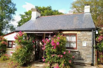 Cottage for couples in Mid Wales