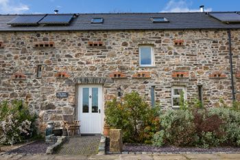 Cottages with a BBQ for 2 in South west Pembrokeshire