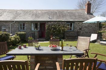 Family Cottage for 8 - Geoff's Barn, Cornwall, England