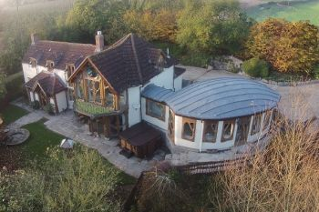 Sleeps 10 Hot Tub Cottage   in South West, West Country