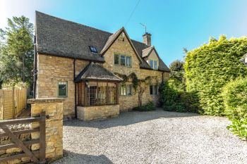 4 bedroom Cotswold Cottage, Gloucestershire, England