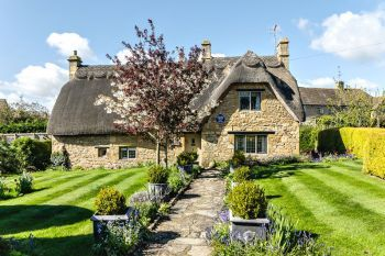 2 Bedroom Cotswold Country Cottage, Gloucestershire, England