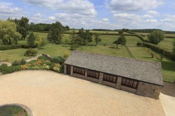 The Cotswold Manor Cottage with Hot-Tub & Games Barn - Oxfordshire