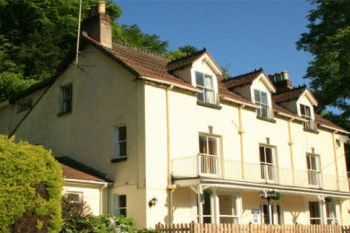 Large Wye Valley Holiday House with River Views, Herefordshire, England