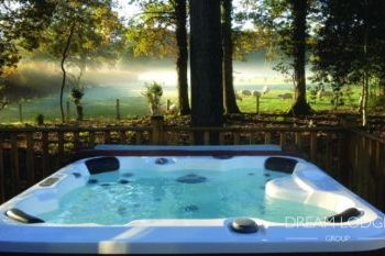 Signature Lodge - The Sanctuary, Berkshire, England
