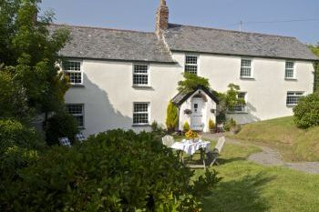 Warcombe Coastal Cottage - Devon