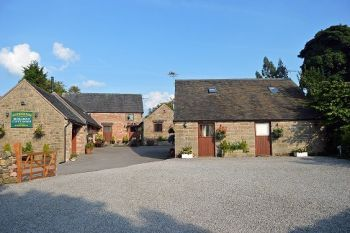 Rural cottage for couples in West Midlands