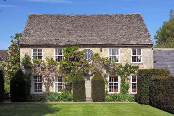 Cottage sleeps 2 in Cotswolds